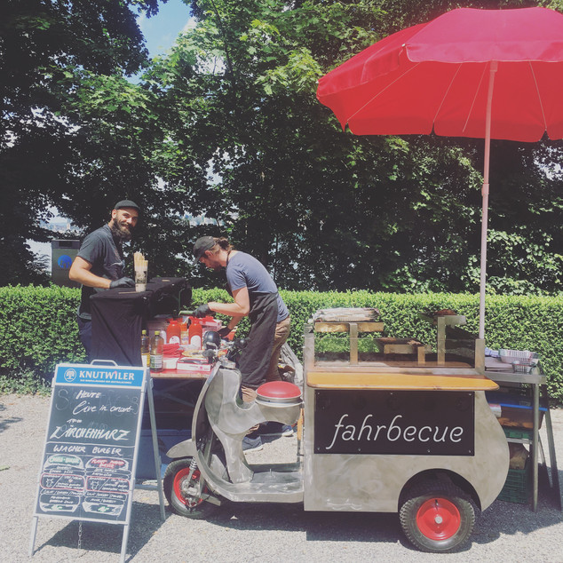 Fahrbecue_sommercafe_valeria_klapproth.j