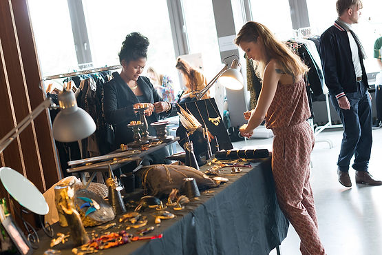 Valeria Klapproth | Creative Conceptionist | Event Manager | Production Coordinator | Wedding Planner | Ausstattung – Dekoration | Mietköchin – Catering | Foto Credit Daniel Pasche