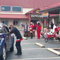 GBMS Volunteers helping Santa