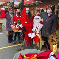 Santa and GBMS volunteers