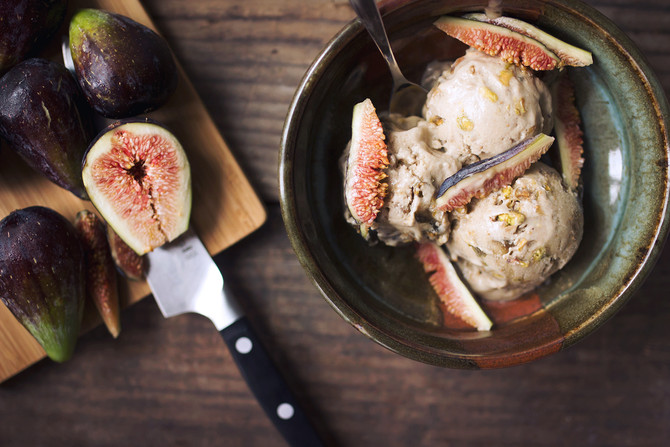 Summer Sizzlers - Chef Luis's Smoked Figs with Balsamic Vinegar & Ice Cream