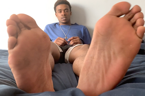 Dwayne's Double Foot Tease
