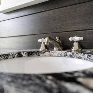 DyksenandSons_Bathroom