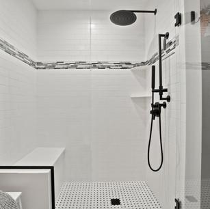 Bathroom_DyksenandSons_Remodeling_AtwoodLake_2.jpg