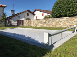 Mur en pierre/Piscine