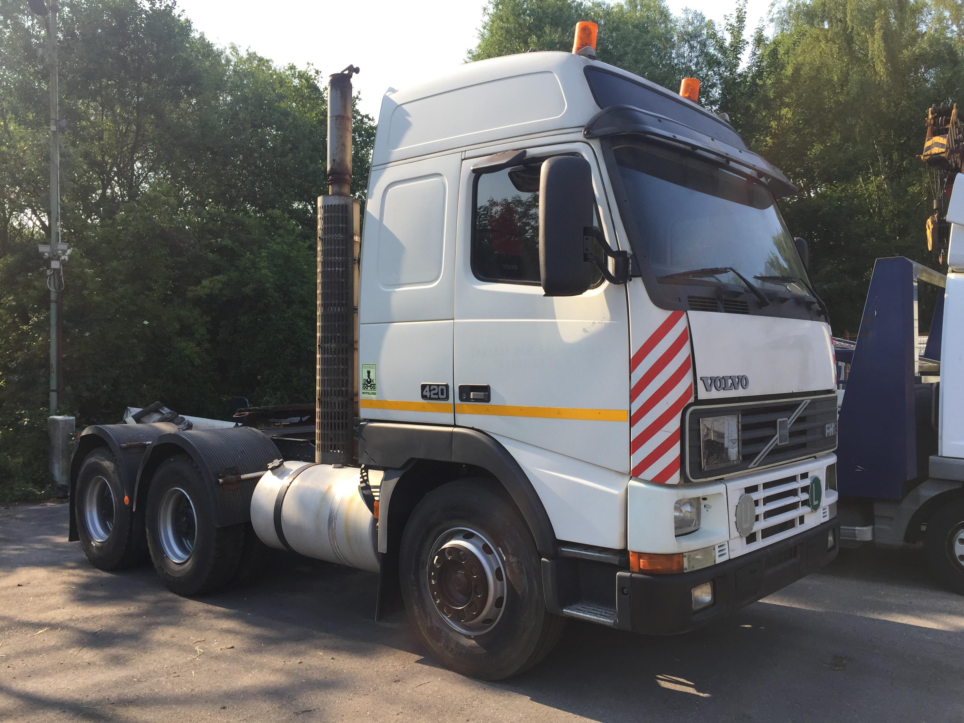 Volvo FH12 420 6x4