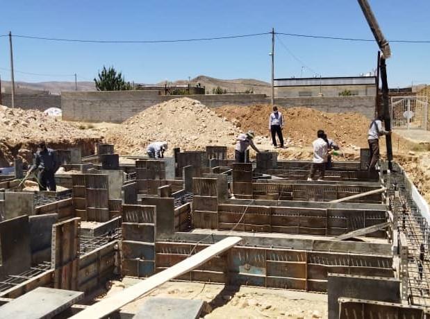 Hossein Fatahi foundation pouring.jpg