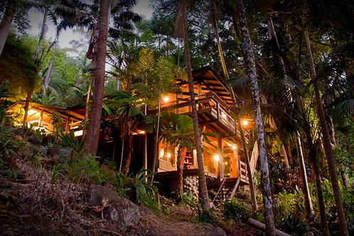 Option 1.         Two Nights Stay @ Treehouse + Free Spa Indulgence worth $500