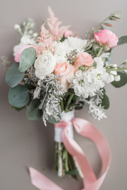 Faded Poppy Bouquet Barn at Edgewood (1)