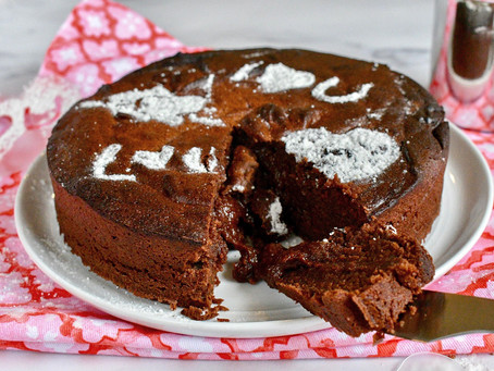 Simple Chocolate Snack Cake