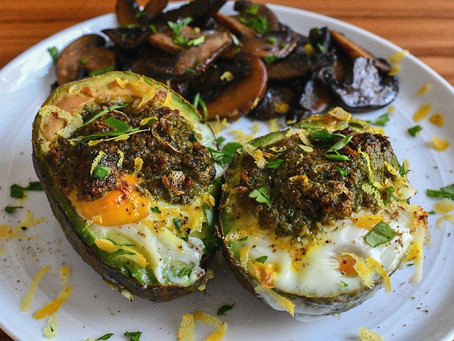 Baked Avocado Cups with Pesto