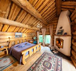 Три камина - спальня