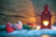 novyy-god-novogodnie-oboi-lampa-sneg.jpg