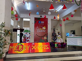 Edoofians decorate their school campus on Christmas