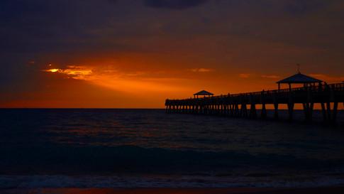 Juno Beach Pier beam of light 1.jpg