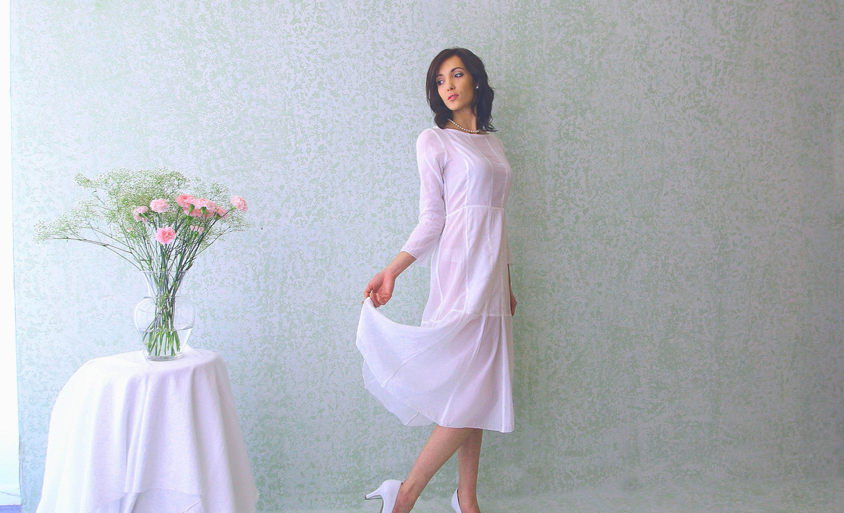knee length panel dress  model Taylor . photo Gia