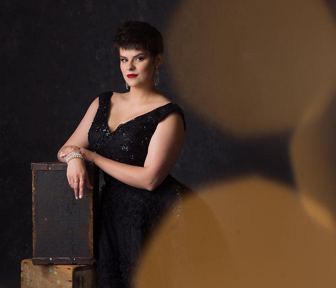 Chelsea Lehnea, Soprano