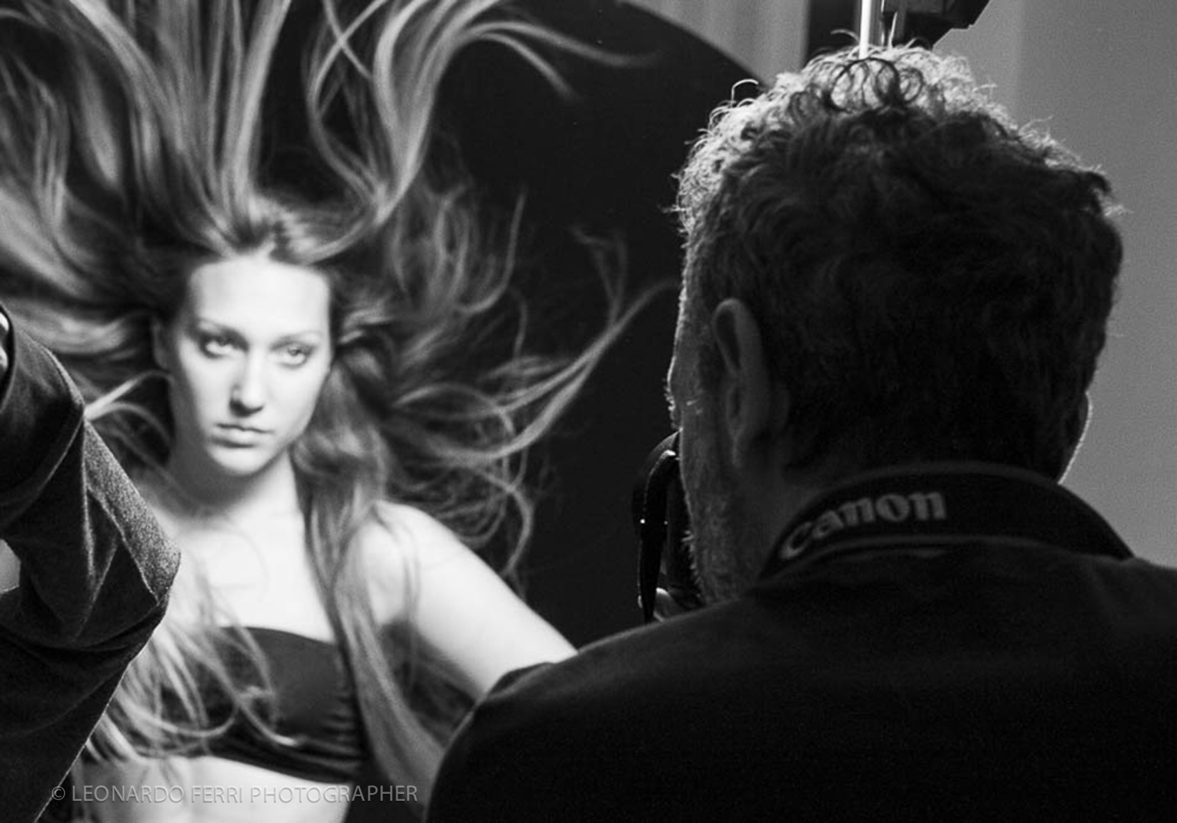 backstage shooting © Leonardo Ferri