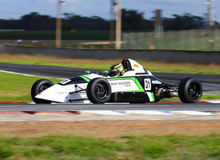 Golding and Garley round 1 winners in Australian Formula Ford Series at Mallala