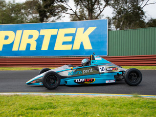 SOUTAR WINS CHALLENGING FORMULA FORD ROUND AT SANDOWN RACEWAY