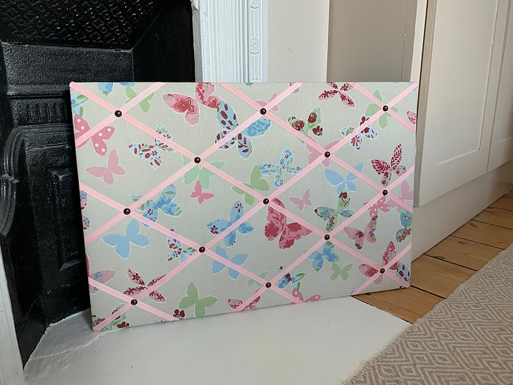 ButterflyFabric Notice Board (many ribbon colours