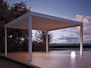 BIOCLIMATIC LOUVER RETRACTABLE PERGOLA COMPONENTS