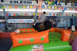touro mecânico na festa de são joão