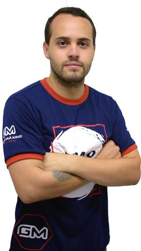 Dmitri de Lima professor de física do cursinho pré-enem do grupo máximo educacional