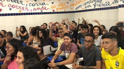 alunos no plantão realizado no curso grupo máximo educacional, plantão pré-enem 2019