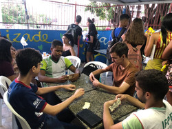 dominó e jogos anti- estresse para os alunos das turmas do ssa/upe
