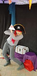 Pirate storytelling 2.jpg