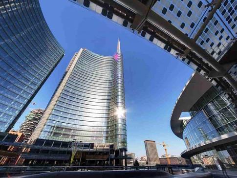 Fotografi-degli-Sposi-Milano-min-1024x68