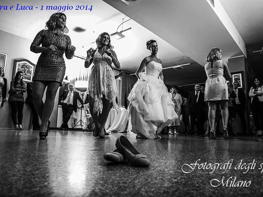 Foto di sposi alle prese con il ballo di nozze