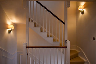 Light_fittings_on_stairs_(1).jpeg.jpg