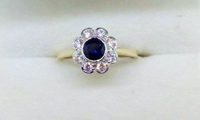 9ct Gold CZ Sapphire Ring