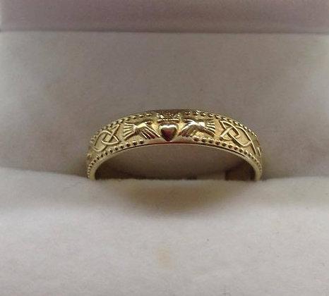 10ct Gold Claddagh Wedding Ring