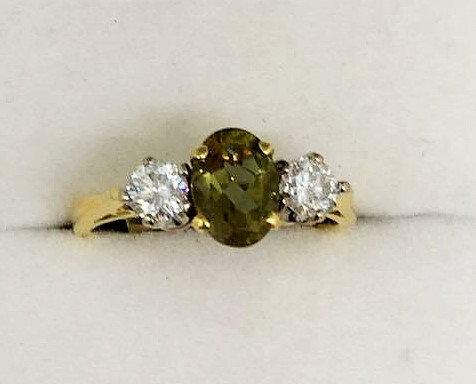 18ct Gold Zultanite and Diamond Ring