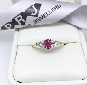 9ct Yellow Gold Ruby And Cubic Zirconia  Ring