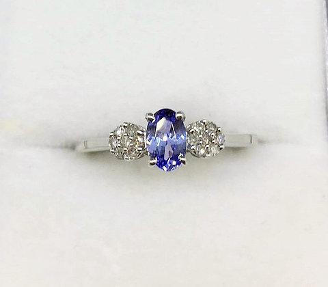 9ct White Gold Diamond Tanzate Ring