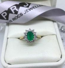 9ct Yellow Gold Emerald And Cluster Cubic Zirconia Ring