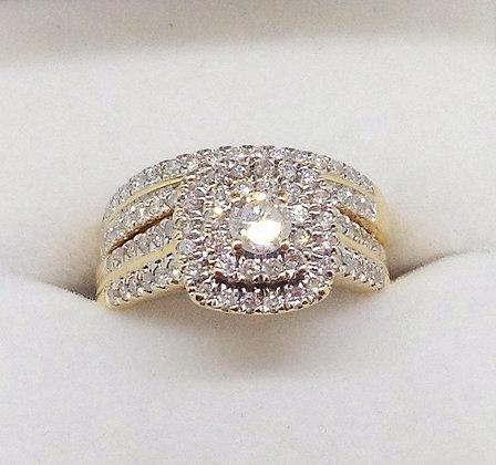 18ct Yellow Gold Diamond Ring Wedding Set