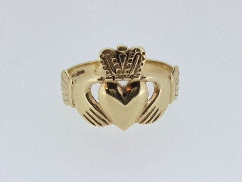 10ct Gold Claddagh Ring