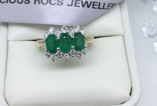 9ct Yellow Gold Triple Emerald Cluster Ring