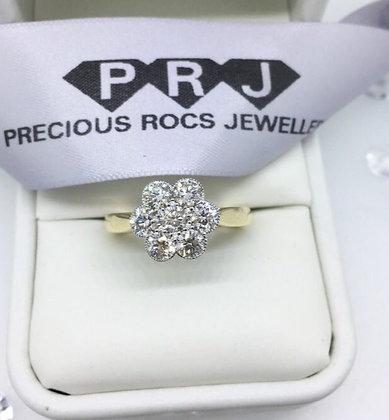 18ct Floral Style Diamond Ring 1.30ct Diamond