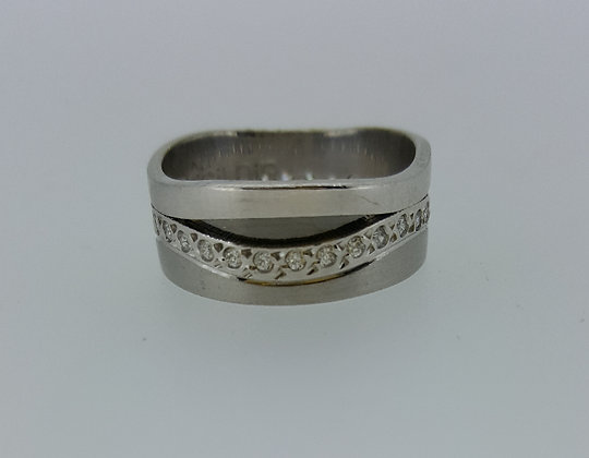 14ct White Gold Wedding Band with Diamonds