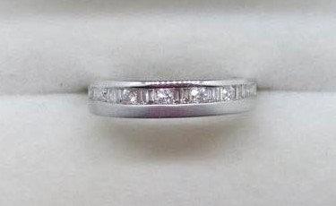 9ct White Gold Wedding Ring