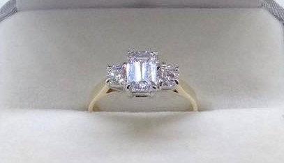 9ct Yellow Gold 3 Stone Emerald Cut Ring CZ