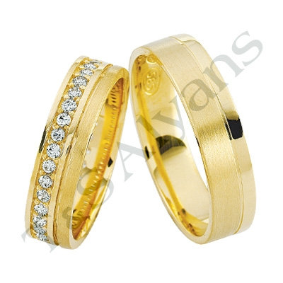 Gold Ring with Grooved Centre - For Him