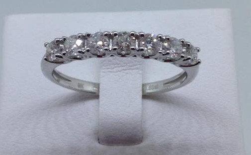 9ct White Gold Diamond Wedding Ring