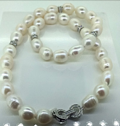 Helen Cui Pearl Necklace